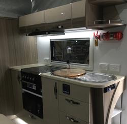 Sav Maxxi 503 Kitchen